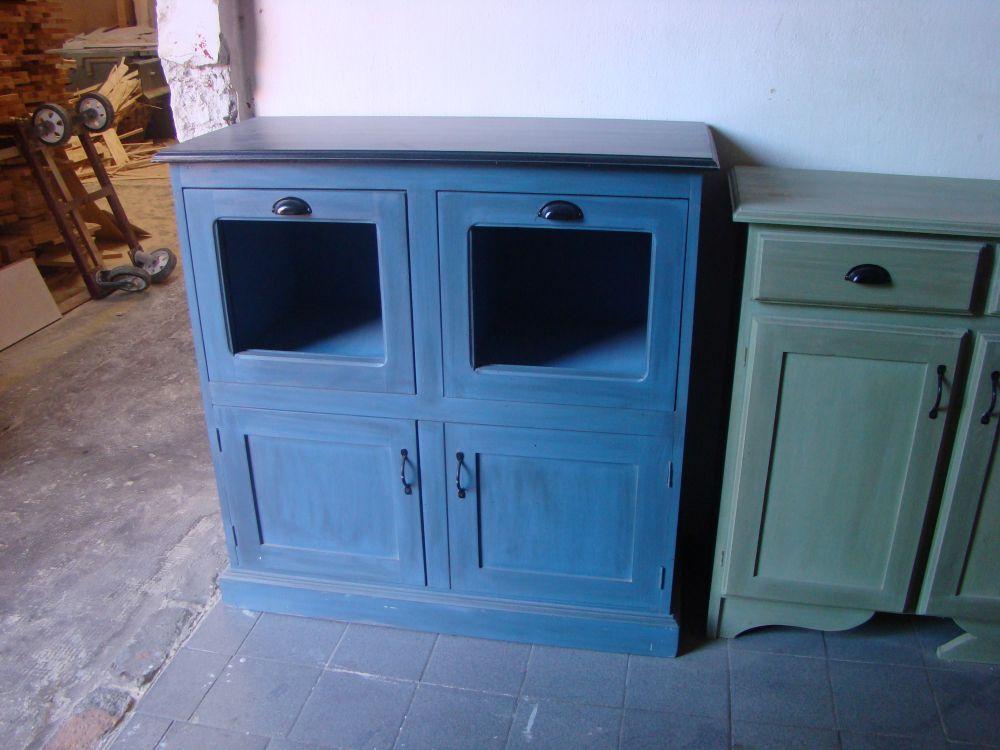 Mueble bajo para cocina o comedor for Muebles bajos de cocina